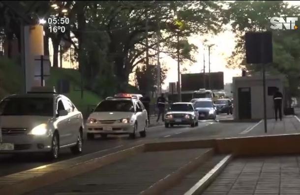 Habilitan paso peatonal en el Puente de la Amistad
